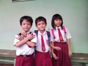 Martinus, Yuman dan Theresia